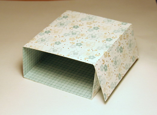 IMG_8729 Flat box Tutorial cover folds 30